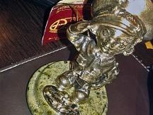 Гравировка на статуэтках